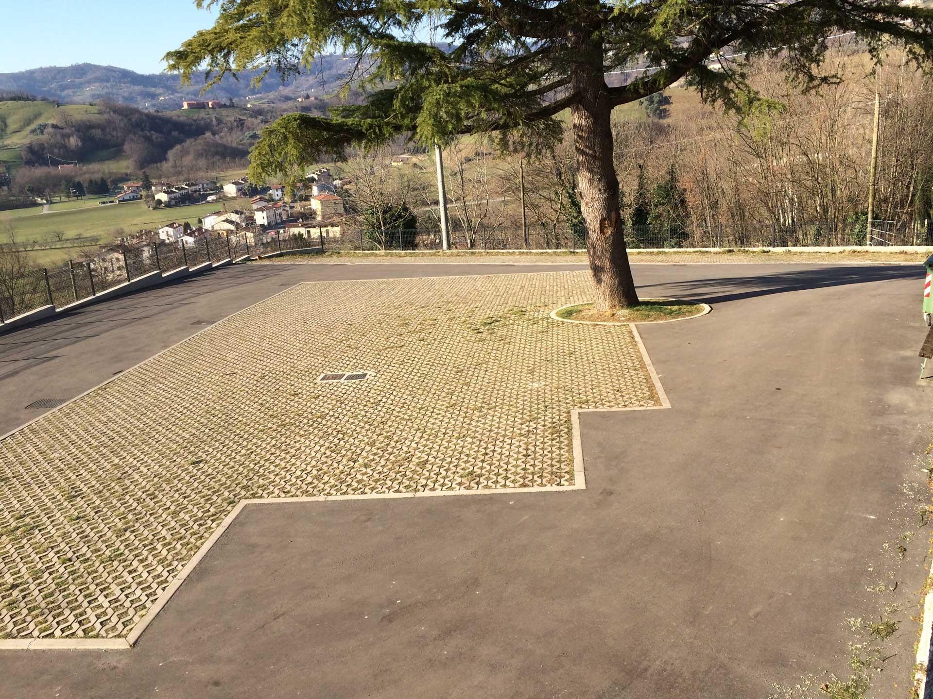 parcheggio Chiesa Valle s. Floriano