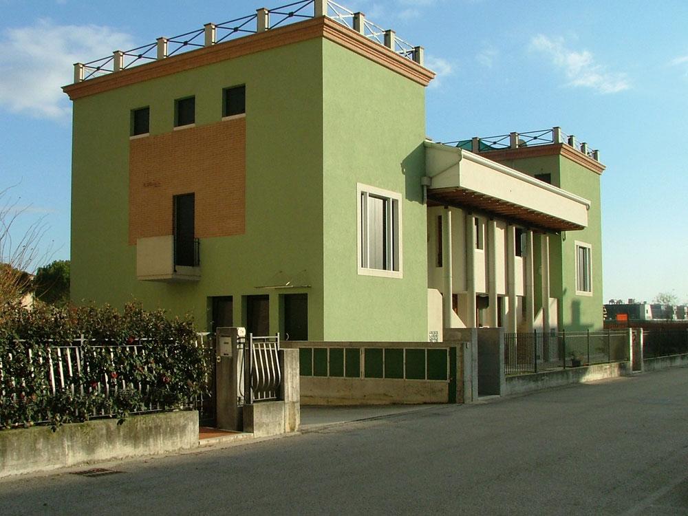 Sette appartamenti Via Salvioli Marostica